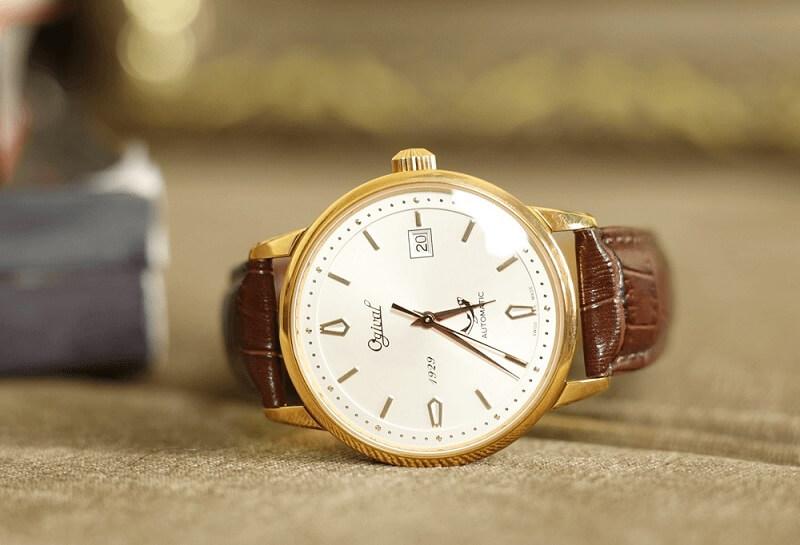 Đồng hồ Ogival dây da cho người có vóc dáng cao, cổ tay lớn
